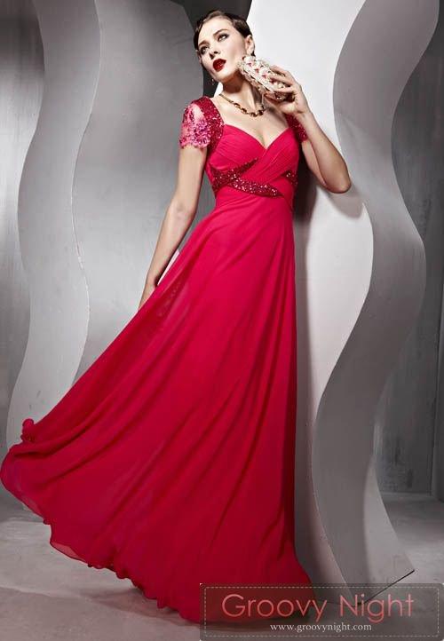 華やかさで差をつけるならこの1着 イタリアンレッドロングドレス♪