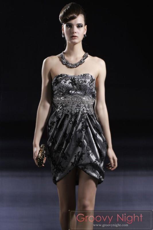 妖艶にセクシーに 大人の雰囲気を出せるショートドレス♪