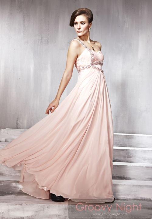スタッフ一押し!!ダイヤモンドピンクがカッコ可愛いロングドレス♪