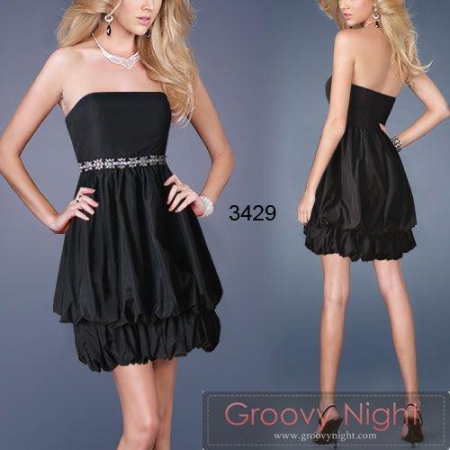 スタイルがよく見える!!グっと締まったカラーでやせて見えるショートドレス♪