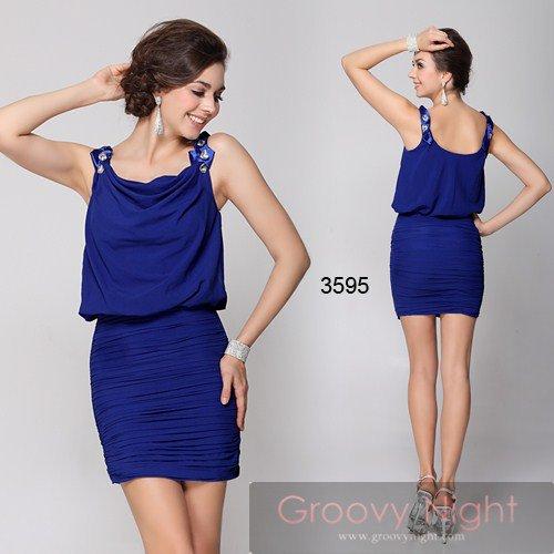 大人気につき要在庫確認です! 普段着っぽく着られるカジュアルなショートドレス♪