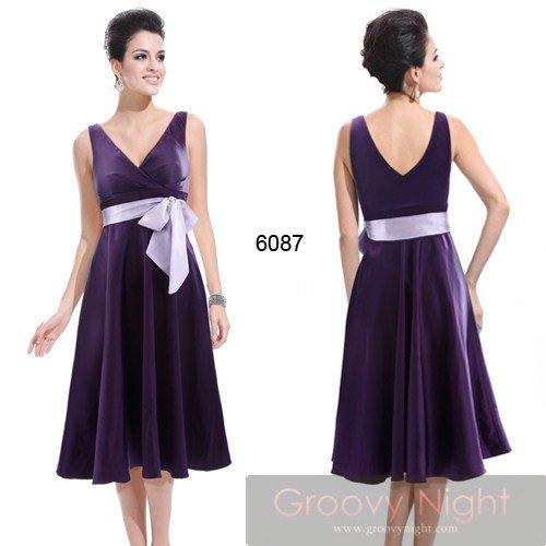 引き締まって見える鮮やかなカラーで可愛くスタイルアップミディアムドレス♪