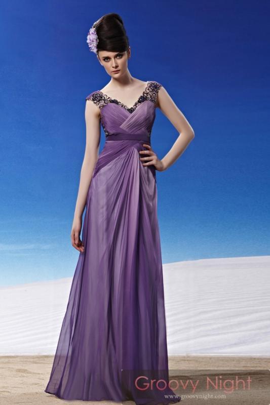 最高の紫!!スタッフイチオシの深淵パープルロングドレス♪