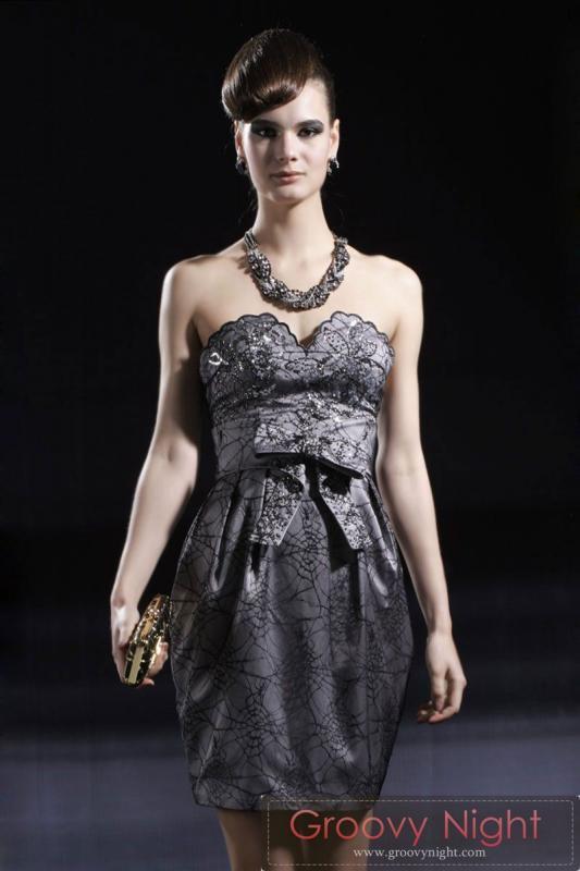 ブラックリボンがポイント 最強カッコいいショートドレス♪