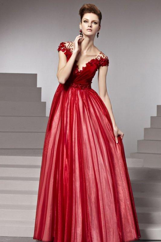 煌めくレッド系プリンセス高級ロングドレス♪