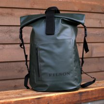 <img class='new_mark_img1' src='//img.shop-pro.jp/img/new/icons56.gif' style='border:none;display:inline;margin:0px;padding:0px;width:auto;' />FILSON フィルソン DRY DAY BACKPACK ドライデイバックパック アメリカ製 グリーン