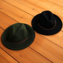 <img class='new_mark_img1' src='//img.shop-pro.jp/img/new/icons14.gif' style='border:none;display:inline;margin:0px;padding:0px;width:auto;' />BRIXTON ブリクストン FIELD HAT フィールドハット