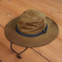 <img class='new_mark_img1' src='//img.shop-pro.jp/img/new/icons50.gif' style='border:none;display:inline;margin:0px;padding:0px;width:auto;' />FILSON フィルソン TIN CLOTH BUSH HAT ティンクロスブッシュハット  タン サイズXL