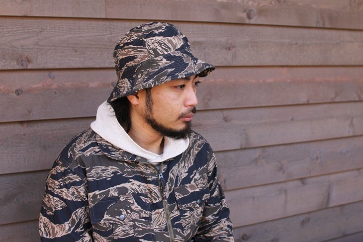 TROPHY CLOTHING トロフィークロージング