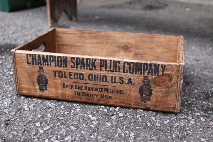 CHAMPION TIMBER BOX