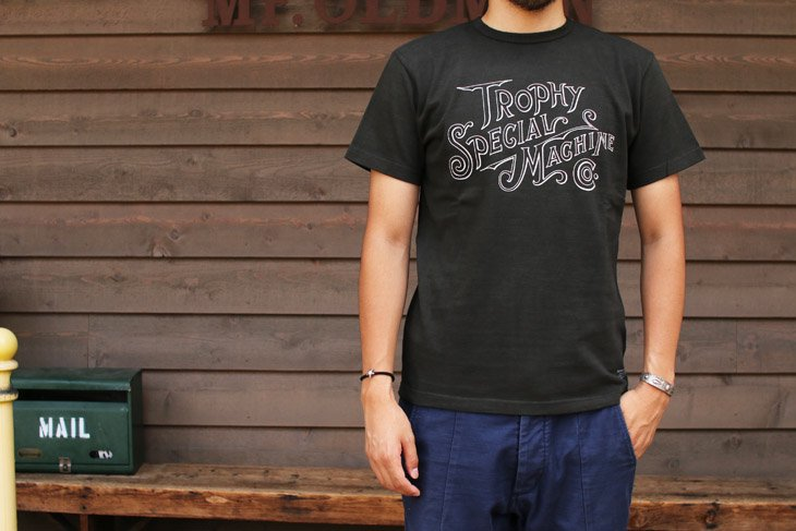 TROPHY CLOTHING Tシャツ