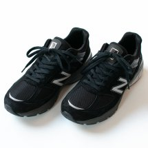 <img class='new_mark_img1' src='https://img.shop-pro.jp/img/new/icons14.gif' style='border:none;display:inline;margin:0px;padding:0px;width:auto;' />ニューバランス NEW BALANCE M990v5 BK5 ブラック