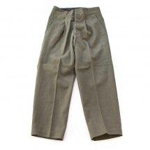 <img class='new_mark_img1' src='https://img.shop-pro.jp/img/new/icons14.gif' style='border:none;display:inline;margin:0px;padding:0px;width:auto;' />イタリア軍 ITALIA MILITARY ウールドレスユニフォームパンツ Wool Dress Uniform Pants カーキ