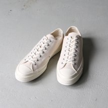 <img class='new_mark_img1' src='https://img.shop-pro.jp/img/new/icons14.gif' style='border:none;display:inline;margin:0px;padding:0px;width:auto;' />コンバース CONVERSE 162211C スニーカー CT70 チャックテイラー Chuck Taylor All Star Lo 1970 NATURAL