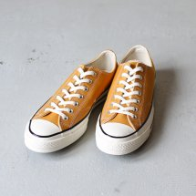<img class='new_mark_img1' src='https://img.shop-pro.jp/img/new/icons56.gif' style='border:none;display:inline;margin:0px;padding:0px;width:auto;' />コンバース CONVERSE 168505C スニーカー CT70 チャックテイラー Chuck Taylor All Star Lo 1970 SUNFLOWER