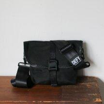デフィーバッグス DEFY BAGS ヴェニュー VENUE ブラック バリスティックナイロン Black Ballistic nylon