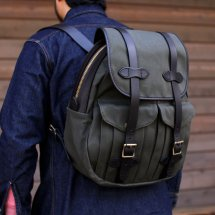 <img class='new_mark_img1' src='//img.shop-pro.jp/img/new/icons50.gif' style='border:none;display:inline;margin:0px;padding:0px;width:auto;' />FILSON フィルソンRUCKSACK リュックサック アメリカ製 グリーン