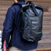<img class='new_mark_img1' src='//img.shop-pro.jp/img/new/icons50.gif' style='border:none;display:inline;margin:0px;padding:0px;width:auto;' />FILSON フィルソン DRY DAY BACKPACK ドライデイバックパック アメリカ製 ブラック