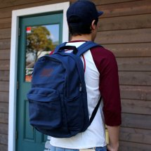 <img class='new_mark_img1' src='https://img.shop-pro.jp/img/new/icons14.gif' style='border:none;display:inline;margin:0px;padding:0px;width:auto;' />BRIXTON  ブリクストン  BASIN BACK PACK ベイシンバックパック キャンバスブルー
