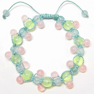 prehnite with drops<img class='new_mark_img2' src='https://img.shop-pro.jp/img/new/icons36.gif' style='border:none;display:inline;margin:0px;padding:0px;width:auto;' />