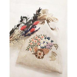 刺繍ポーチ 巾着/花車とうさぎ