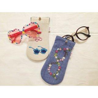 刺繍ポーチ メガネケース