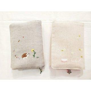 刺繍ポーチ ブックカバー