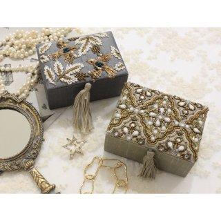 ビーズ刺繍/ボックス