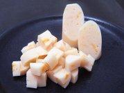 犬猫におすすめの鶏肉のおやつ「無薬鶏ささみチーズソーセージ(4本入)」