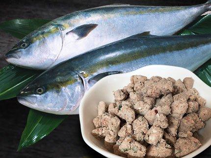 犬猫の手作りご飯のトッピングにおすすめの魚「嵐山鮮魚 ブリパラパラミンチ」