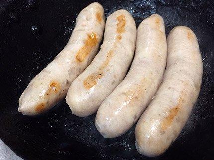 犬猫におすすめの生肉「国産豚肉 ホワイト生ウインナー 4本」