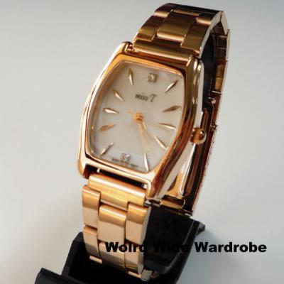 ★ラインストーンがポイント!シンプルな腕時計(ピンクゴールド)