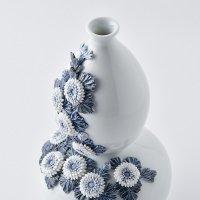平戸菊花飾瓢箪形花瓶