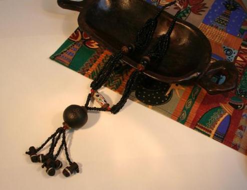 【西アフリカ】トゥアレグまんまる黒檀ネックレス(ブルキナファソ)