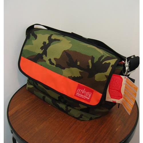 <img class='new_mark_img1' src='//img.shop-pro.jp/img/new/icons47.gif' style='border:none;display:inline;margin:0px;padding:0px;width:auto;' />ManhattanPortage(マンハッタンポーテージ) ナイロン・メッセンジャーバッグ