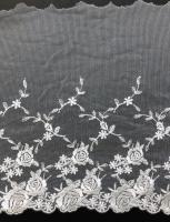 チュールレース  白 薔薇柄  13.7m   ★数量限定品★