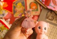 【Violet Fane】ヴァイオレットフェーン Otome Nostalgiaブローチ(Antoinette Pose Doll)