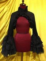 【MARBLE】マーブル ジャケット調スタンドカラー姫袖ボレロ:黒×黒フリル