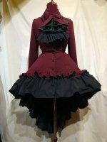 【MARBLE】マーブル ゴシック調ダイヤカットタイ付きブラウス型ワンピース:赤×黒石