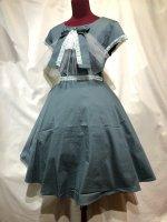 【MARBLE】マーブル アンティークカメオ付きレース飾りロングワンピース:セピアグリーン