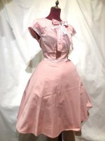 【MARBLE】マーブル アンティークカメオ付きレース飾りロングワンピース:ピンク