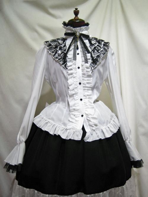 【MARBLE】クラシカルゴシック調 立ち襟カメオブラウス -白×黒