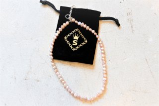 <img class='new_mark_img1' src='//img.shop-pro.jp/img/new/icons14.gif' style='border:none;display:inline;margin:0px;padding:0px;width:auto;' />SPARKING potato pearl chain necklace パープル45cm アジャスター付き3cm-5cm