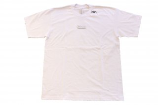 <img class='new_mark_img1' src='//img.shop-pro.jp/img/new/icons14.gif' style='border:none;display:inline;margin:0px;padding:0px;width:auto;' />THE INCORPORATED THE LABEL T SHIRT WHITE
