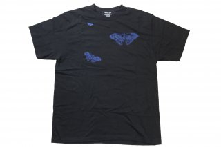<img class='new_mark_img1' src='https://img.shop-pro.jp/img/new/icons14.gif' style='border:none;display:inline;margin:0px;padding:0px;width:auto;' />ILL IT × Suns B Blank Butterfly T