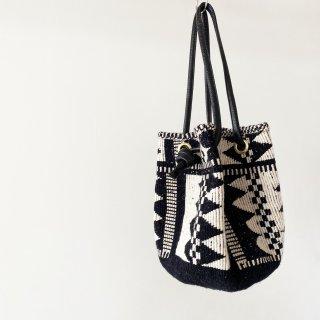 【1点限り 送料無料】 Glove bag  (zigzag black)
