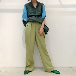 <img class='new_mark_img1' src='https://img.shop-pro.jp/img/new/icons16.gif' style='border:none;display:inline;margin:0px;padding:0px;width:auto;' />IROR Tro washer Tack trousers