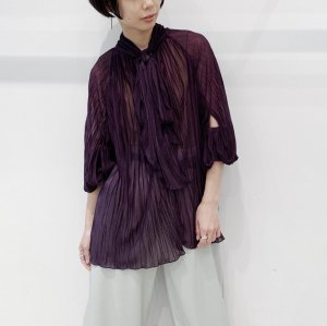 <img class='new_mark_img1' src='https://img.shop-pro.jp/img/new/icons16.gif' style='border:none;display:inline;margin:0px;padding:0px;width:auto;' />IROR Double washer blouse