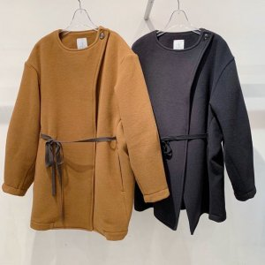 <img class='new_mark_img1' src='https://img.shop-pro.jp/img/new/icons47.gif' style='border:none;display:inline;margin:0px;padding:0px;width:auto;' />OKIRAKU wool velour jacket