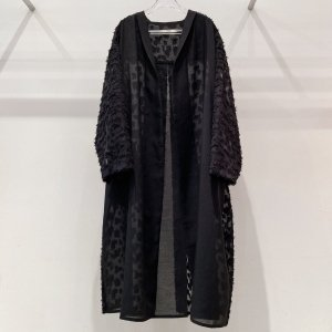 """<img class='new_mark_img1' src='https://img.shop-pro.jp/img/new/icons47.gif' style='border:none;display:inline;margin:0px;padding:0px;width:auto;' />KROFUNE shirt gown""""BUSH with walk"""